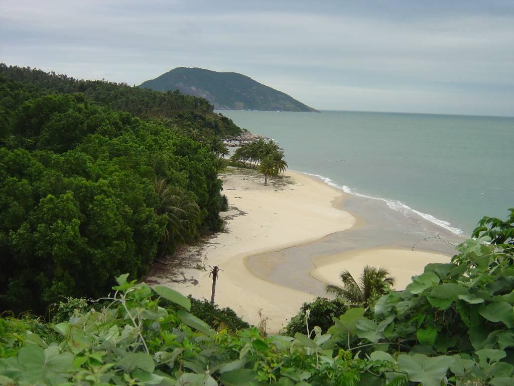 Top 10 hòn đảo thiên nhiên hấp nhất Việt Nam 4