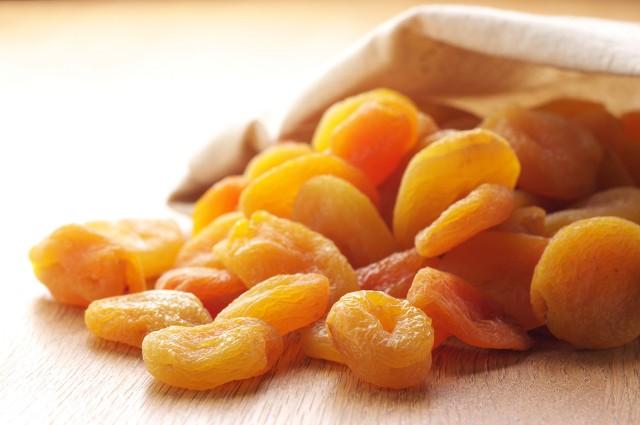 Top 10 loại trái cây giàu canxi tốt nhất cho các mẹ bầu 4