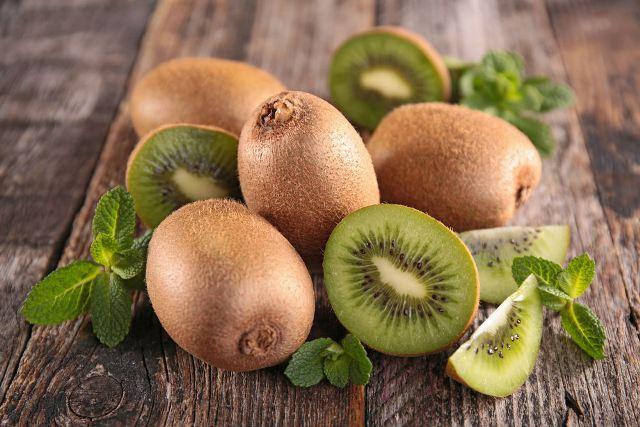 Top 10 loại trái cây giàu canxi tốt nhất cho các mẹ bầu 7