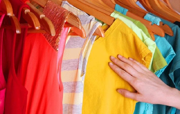 10 mẹo giặt quần áo nhanh chóng, hiệu quả và tiết kiệm kể cả giặt bằng máy hay giặt tay. 1