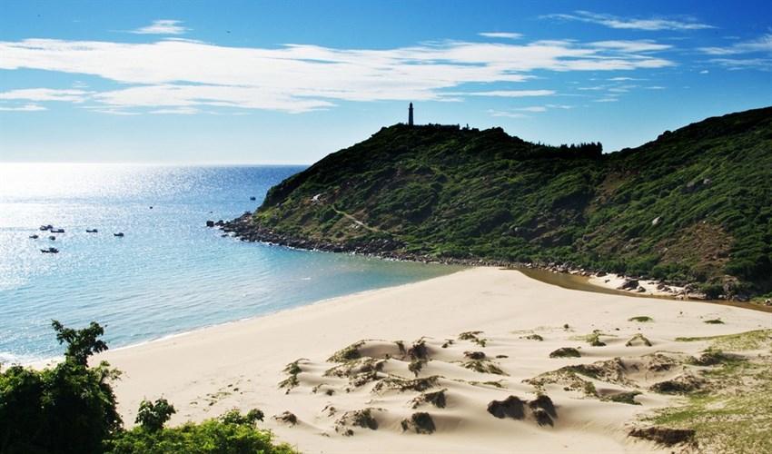 Top 10 địa điểm du lịch hấp dẫn nhất tại Khánh Hòa 6