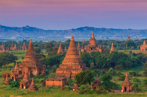 Top 10 địa điểm nổi tiếng thu hút khách du lịch nhất ở Đông Nam Á 5