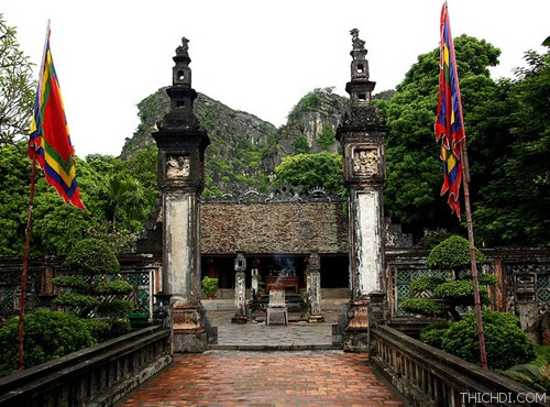 Top 10 địa điểm du lịch hấp dẫn khi đến Ninh Bình 3