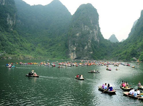 Top 10 địa điểm du lịch hấp dẫn khi đến Ninh Bình 1