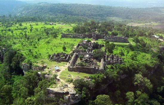 Top 10 địa điểm du lịch đẹp nổi tiếng nhất ở Campuchia 4