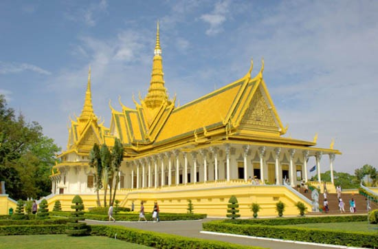 Top 10 địa điểm du lịch đẹp nổi tiếng nhất ở Campuchia 9