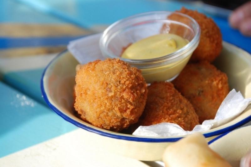 Top 10 món ăn ngon nhất khi du lịch ở Hà Lan 6