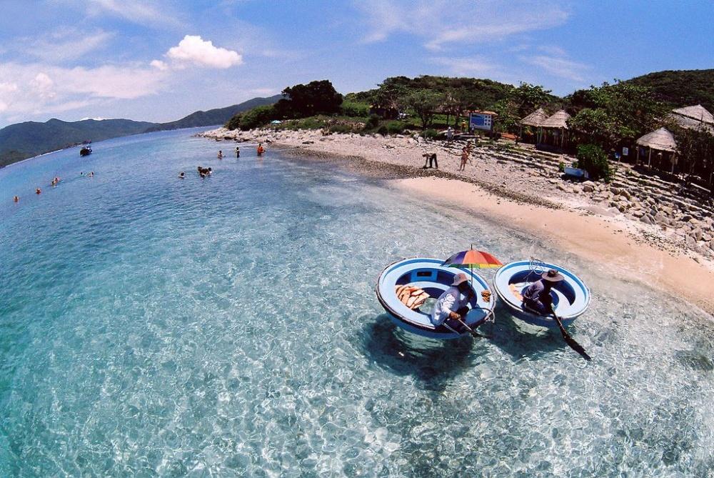 Top 10 địa điểm du lịch hấp dẫn nhất tại Khánh Hòa 3