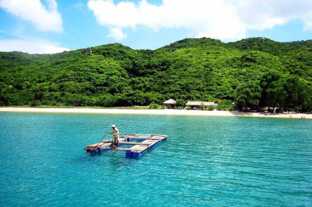 Top 10 địa điểm du lịch hấp dẫn nhất tại Khánh Hòa 9