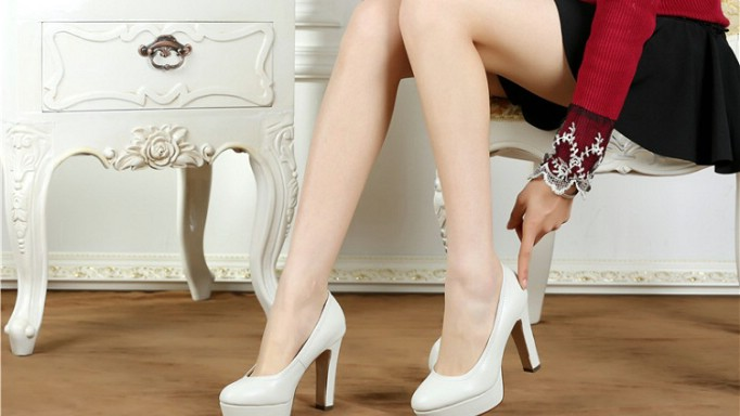 10 Bí quyết giúp bạn chọn mua 1 đôi dày cao gót vừa vặn để có dáng đi chuẩn mực nhất 5