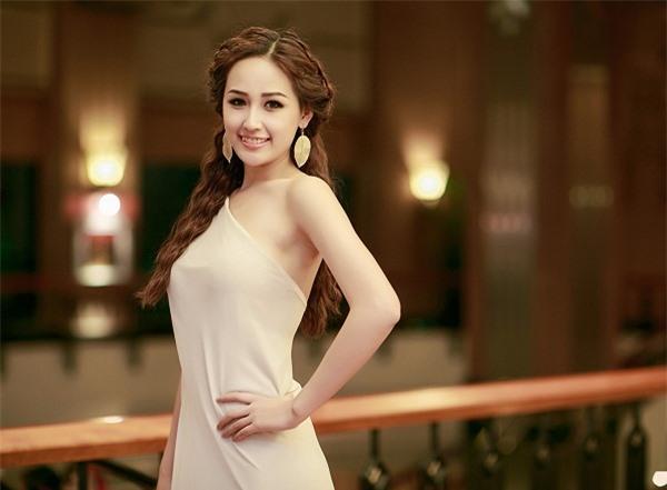Top 10 người đẹp có nhan sắc quyến rũ và luôn tạo được dấu ấn trong phong cách thời trang 1