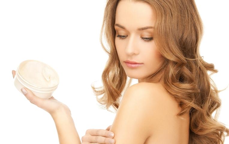 Top 10 sự thật về kem dưỡng ẩm vào ban đêm chị em phụ nữ cần phải biết 3