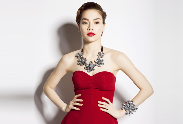 Top 10 người đẹp có nhan sắc quyến rũ và luôn tạo được dấu ấn trong phong cách thời trang 4