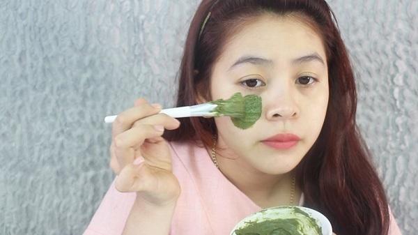 Phụ nữ sẽ phát cuồng khi biết được 10 công dụng làm đẹp tuyệt vời từ trà xanh 3
