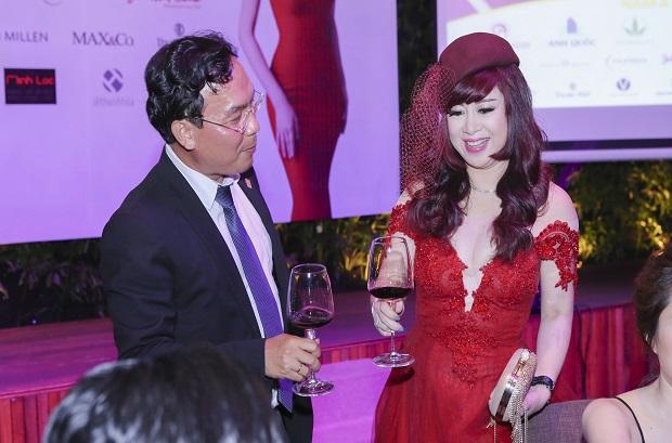 Top 10 nữ doanh nhân nổi tiếng xinh đẹp quyền lực nhất Việt Nam 8