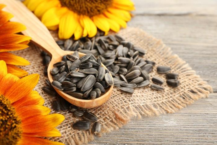 Top 10 loại hạt ngon và giàu chất dinh dưỡng tốt cho sức khỏe bạn nên dùng hằng ngày 9