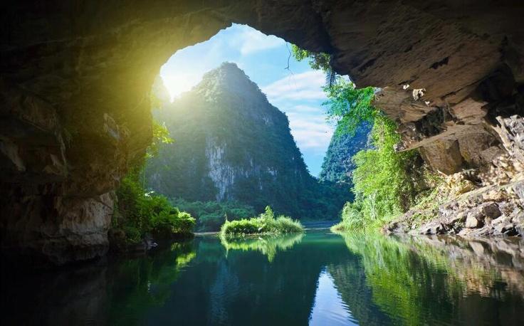 Khám phá 10 hang động đẹp lung linh kì bí và hấp dẫn nhất Việt Nam 8