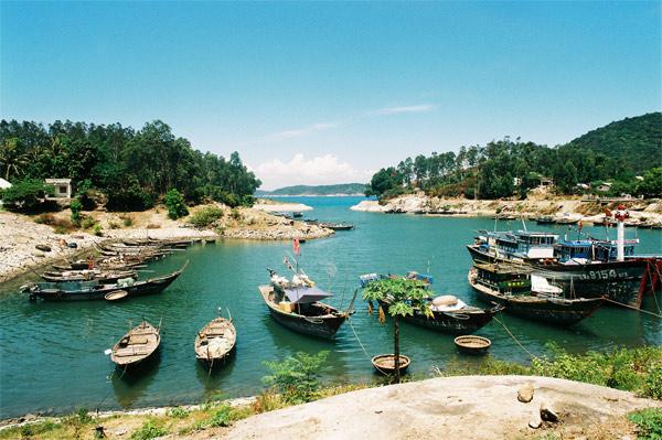 Top 10 bãi biển đẹp không thể bỏ qua khi du lịch đến Việt Nam 1