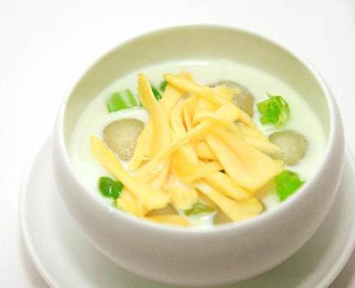 Top 10 món ăn mang đậm nét Thái tại Sài Gòn mà bạn không nên bỏ lỡ 1