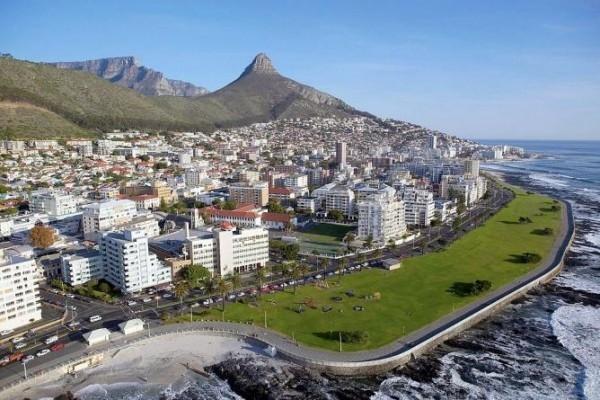 Top 10 quốc gia có cảnh đẹp lý tưởng và dân số thấp nhất thế giới 4