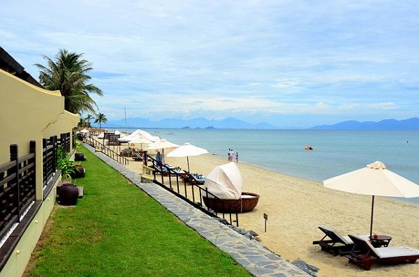 Top 10 bãi biển đẹp không thể bỏ qua khi du lịch đến Việt Nam 9