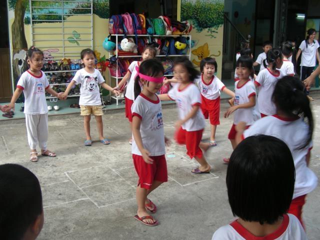Mách bạn top 10 trò chơi hay bổ ích giúp trẻ em vui chơi, phát triển khỏa mạnh 3