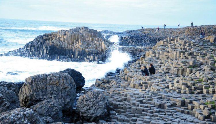 Khám phá 10 bãi biển kỳ lạ và tuyệt đẹp trên khắp thế giới 6
