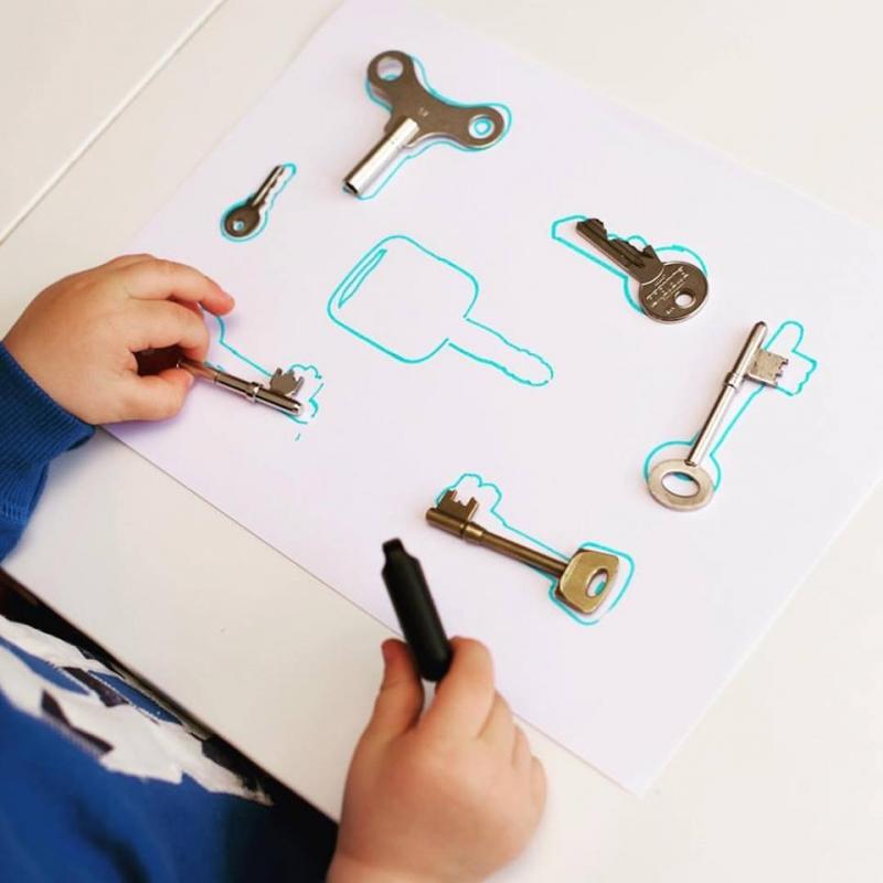 Mách mẹ 10 trò chơi sáng tạo kích thích trí thông minh cho bé 11