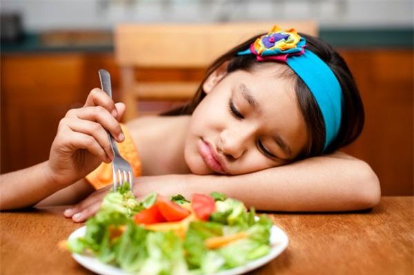 """10 """"bí kíp"""" ăn uống thoải mái mà chẳng sợ tăng cân dịp Tết 3"""